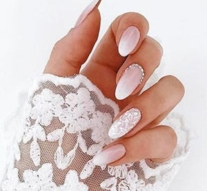 Let Your Nails Match Your Perfect Wedding