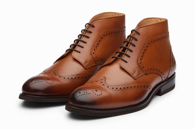 Wingtip Brogue Boots - Tan