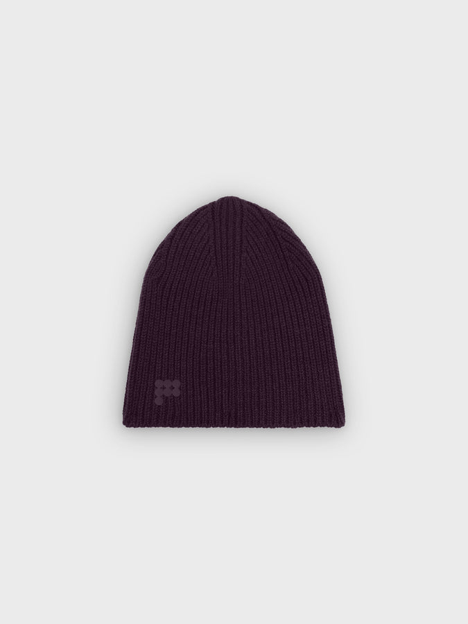 Recycled cashmere beanie—aubergine purple