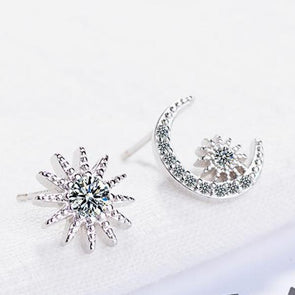 Asymmetry Star & Moon White Rhinestone Stud Earring in Silver Alloy