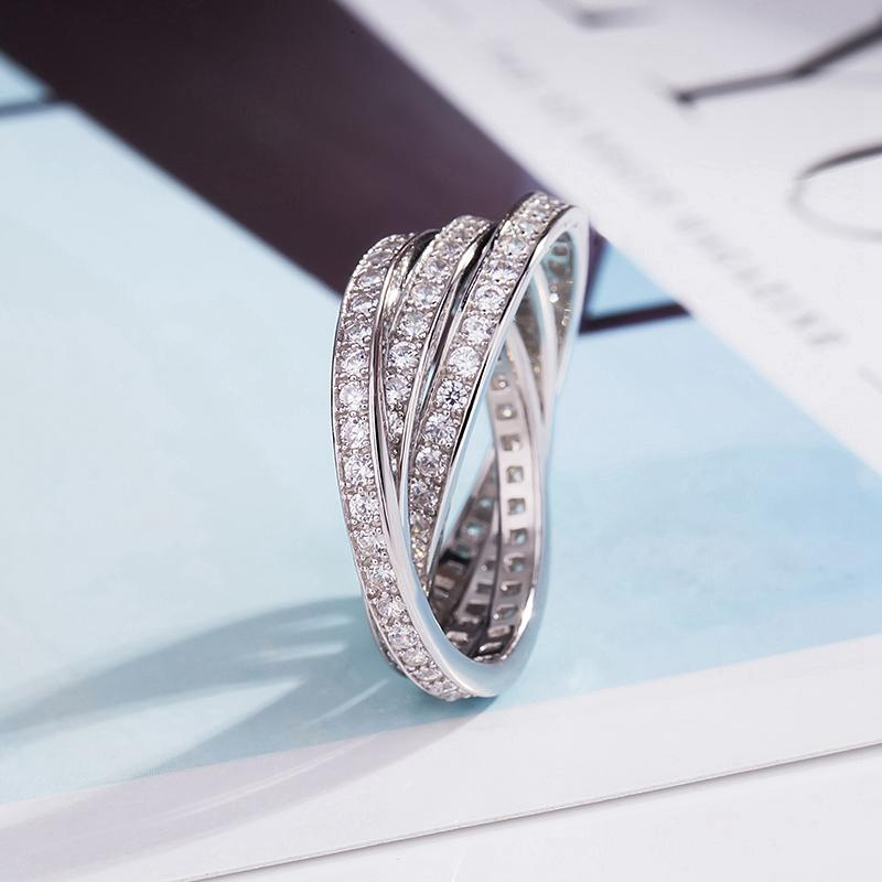 Triple Interlocked Rolling Fashion Ring in 925 Sterling Silver