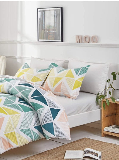 Multicolored Triangles Bedding Set