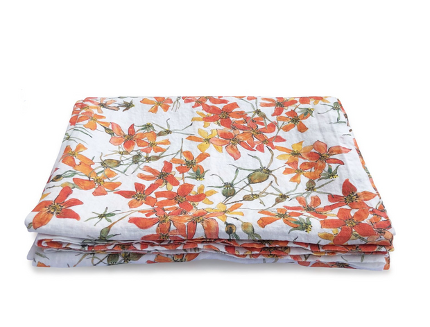 Tablecloth.- WILD ROSE TABLE CLOTH