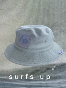 yore mini surfs up bucket hat