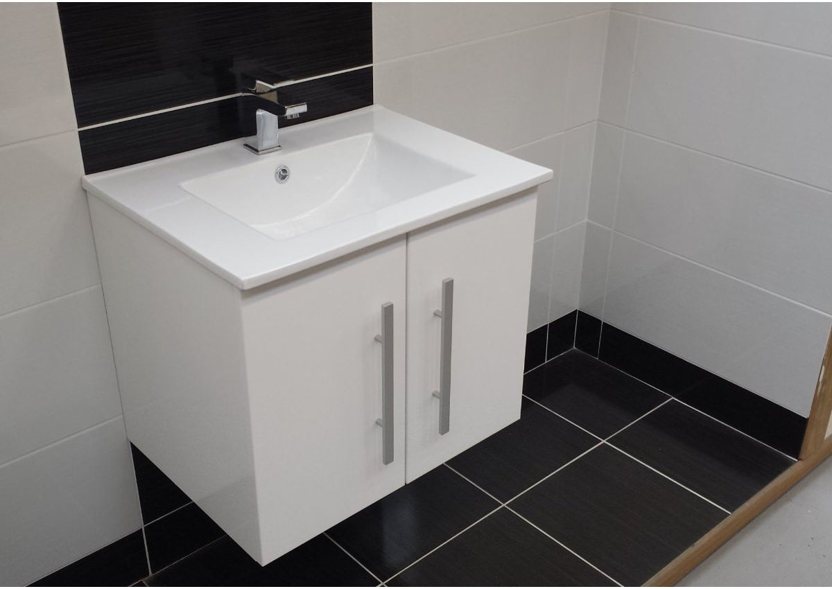 Purity Wall Mounted 2 Door Unit & Ceramic Basin