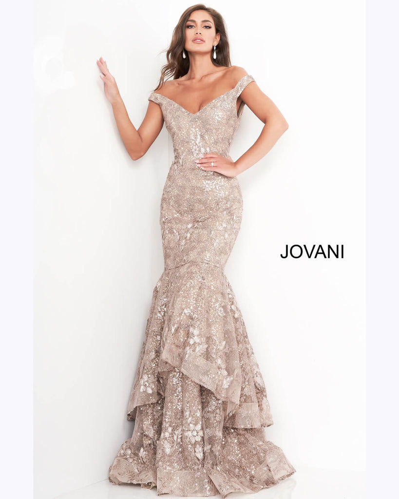 How to Find The Perfect Pageant Gown to Suit Your Body Shape
