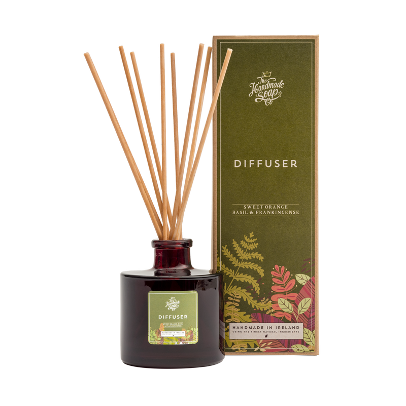 All Natural Environmentally Friendly Handmade Chemical Free Sweet Orange Frankincense Basil Essential Oil Diffuser with Bamboo Reeds