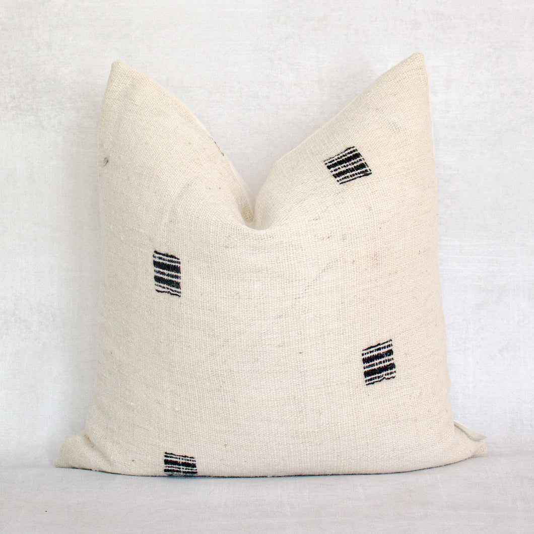 ABENA - Vintage Indian Wool Pillow Cover