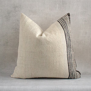 UCHE - Vintage Indian Wool Pillow Cover