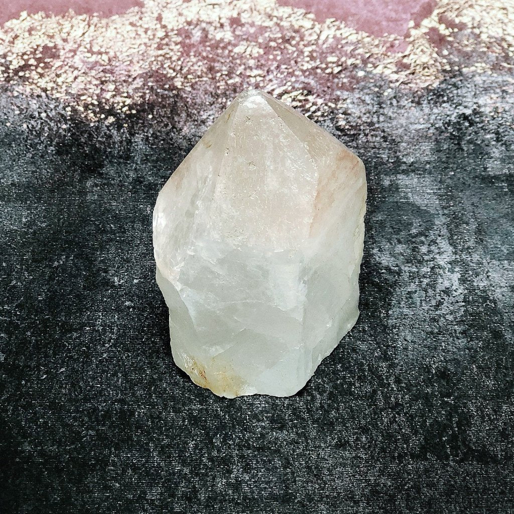 ROSE QUARTZ POINT
