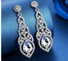 Load image into Gallery viewer, Crystal Drop Earrings
