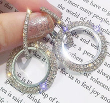Load image into Gallery viewer, Vintage Crystal Earrings
