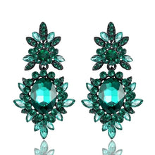Load image into Gallery viewer, Silver Flower Earrings