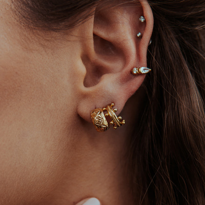 DIAMOND PALM CUFF EARRING CABINET JEWELLERY