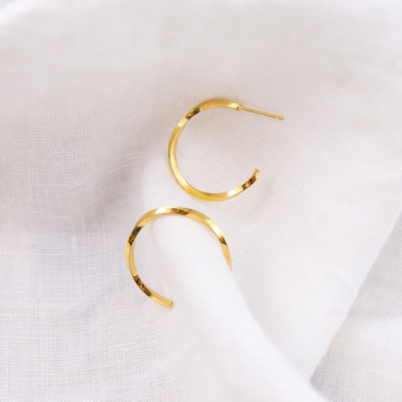CYCLONE-HOOP-EARRINGS-CABINET-JEWELLERY