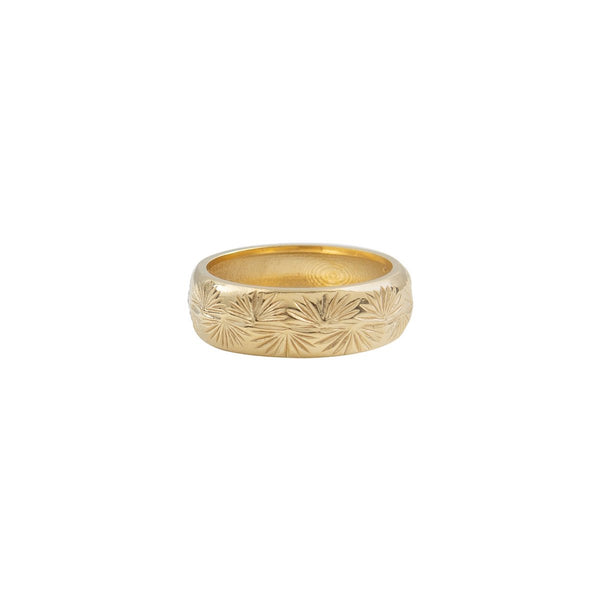 ENGRAVED-TRAVELER-PALM-RING-CABINET-JEWELLERY