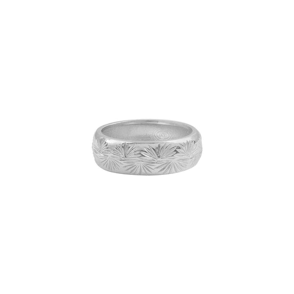 ENGRAVED-TRAVELER-PALM-RING-SILVER-CABINET-JEWELLERY