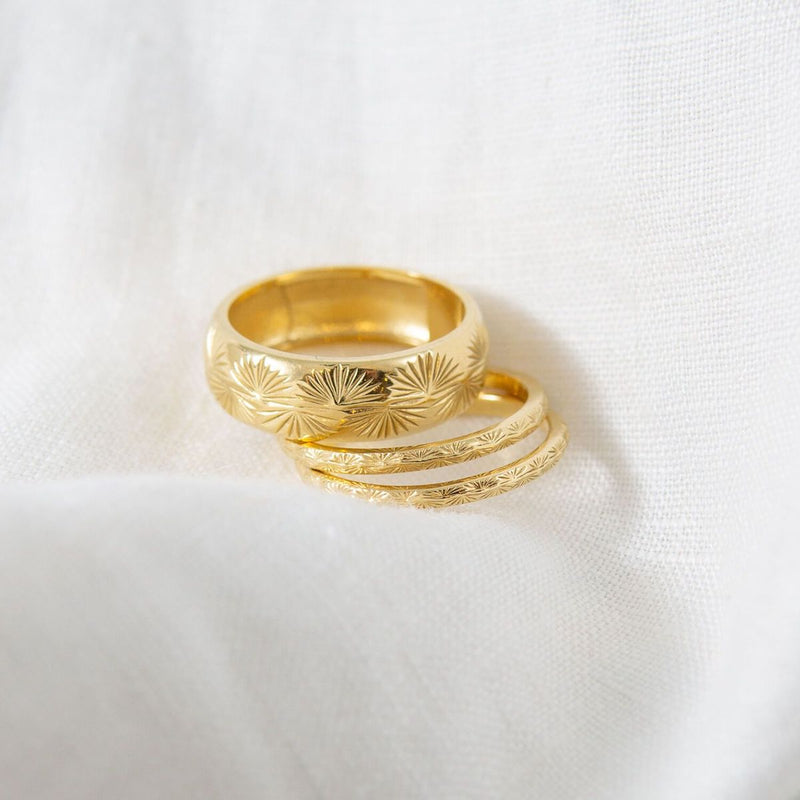 FINE-THATCH-PALM-RING-CABINET-JEWELLERY