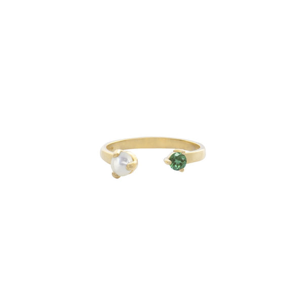 IRREGULAR-EMERALD-PEARL-SPLIT-RING-CABINET-JEWELLERY