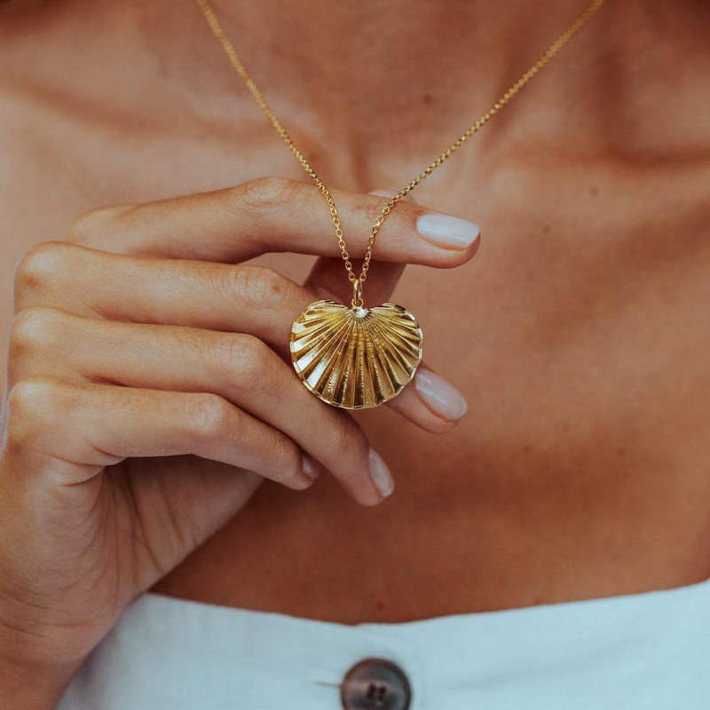 PALM-HEIGHTS-NECKLACE-CABINET-JEWELLERY