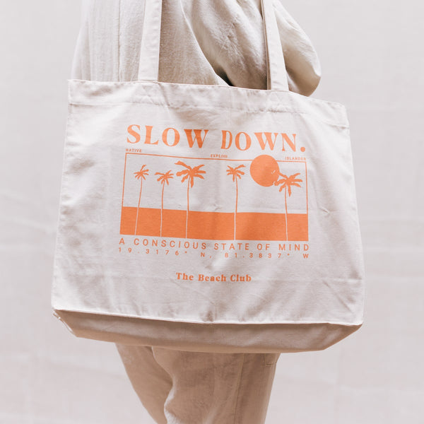 SLOW-DOWN-TOTE-BAG-CORAL-FADE-CABINET-JEWELLERY