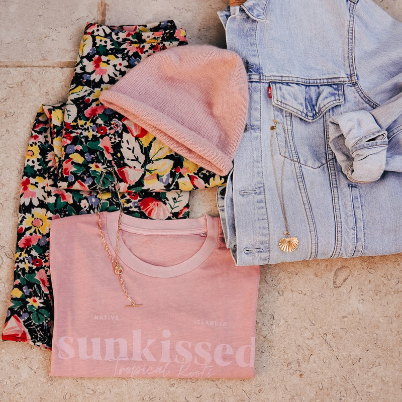 SUNKISSED-T-SHIRT-PINK-CABINET-JEWELLERY