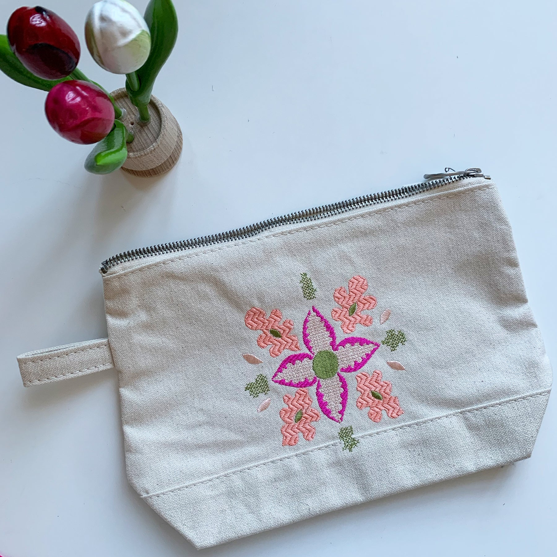 Embroidered Sweet Pea Floral Pouch | Pinky Colorway