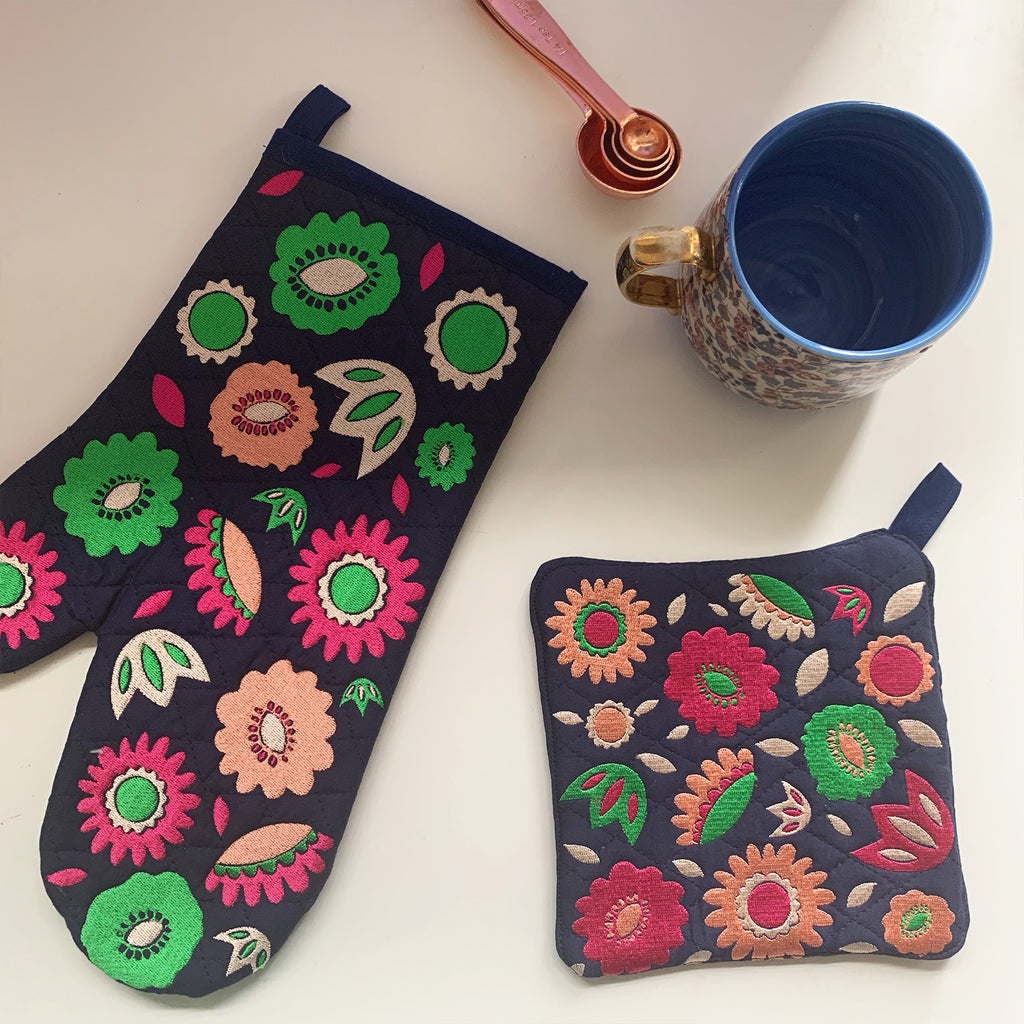 Floral Oven Mit Set | Pink and Green Colorway
