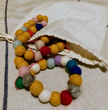 Load image into Gallery viewer, Wool bead garland