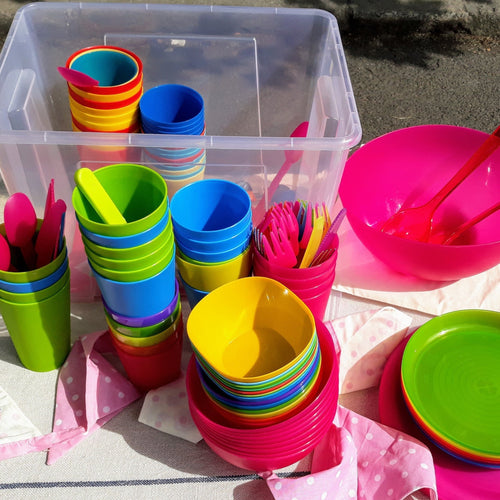 BORROW cups, plates. bowls, and cutlery for your party! >> This is an item you borrow and return to us, not one you buy to keep << - jiminy eco-toys