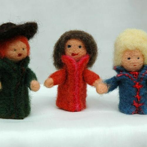 Craft kit: dry-felt your own finger puppets - organic plant-dyed local sheepswool - jiminy eco-toys