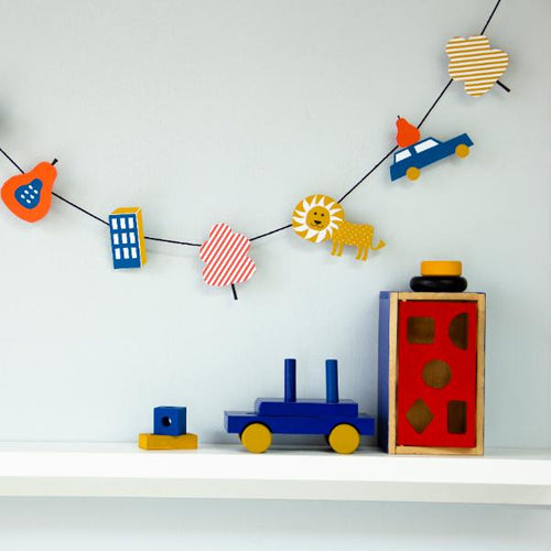 DIY paper garland: 'Lion' - jiminy eco-toys