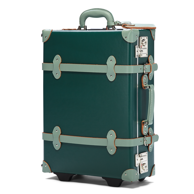 The Artiste Carryon in Green- Old Fashioned Carry On Case - Exterior Front