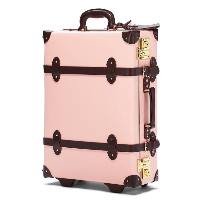 The Artiste Carryon in Pink - Old Fashioned Carry On Case - Exterior Front