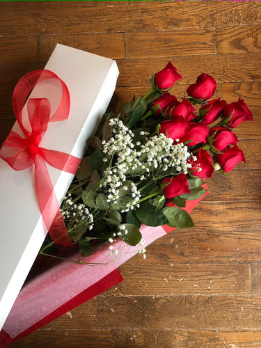 BOXED ROSES (SELECT A COLOUR)