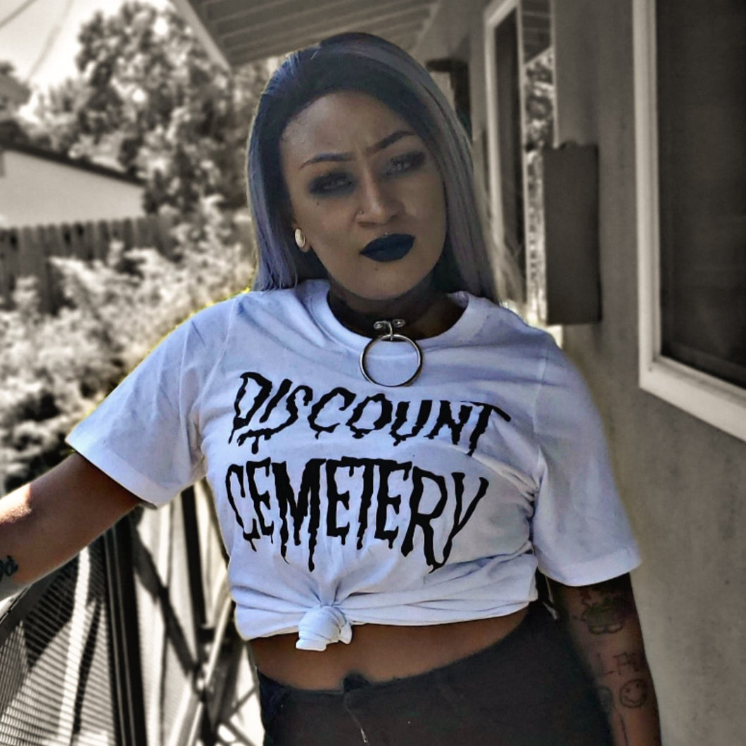 DISCOUNT CEMETERY white - Discount Cemetery