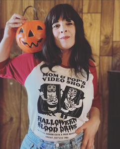 MOM & POP'S HALLOWEEN '86 raglan - Discount Cemetery