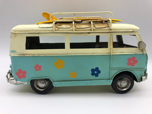Surfer Bus - Flower Child