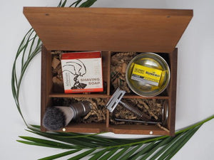 Mossy Barber Shaving Kit - mossybarber.com