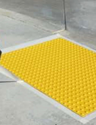 SAFETY STEP RAMP UP 3X4 YELLOW