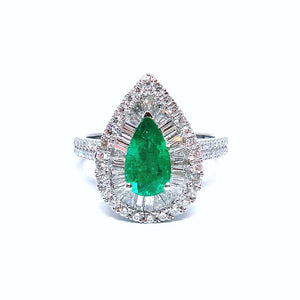Diva Pear Shaped Emerald & Baguette Diamond Ring - Johnny Jewelry