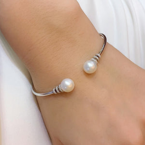 Double Pearl Twist Bangle - Johnny Jewelry