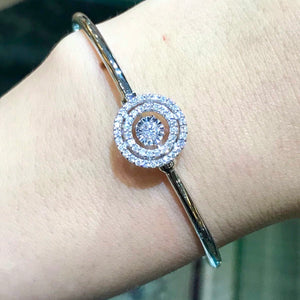 Diamond in Motion Bangle - Johnny Jewelry