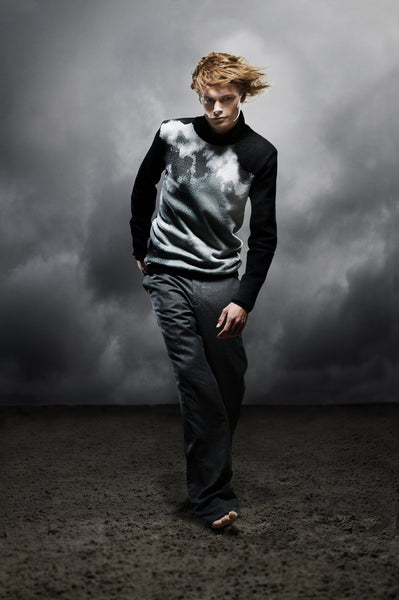 STORM WEATHER SWEATER PHOTO BRENDA DE VRIES DESIGN CORNE GABRIELS