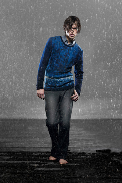 RAIN WEATHER SWEATER PHOTO BRENDA DE VRIES DESIGN CORNE GABRIELS
