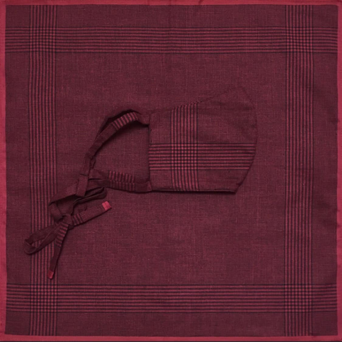 MOUTHKERCHIEF RED