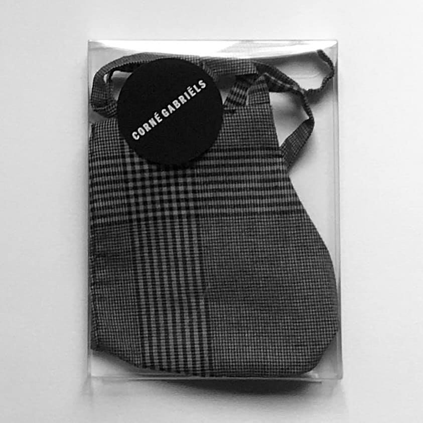MOUTHKERCHIEF GREY