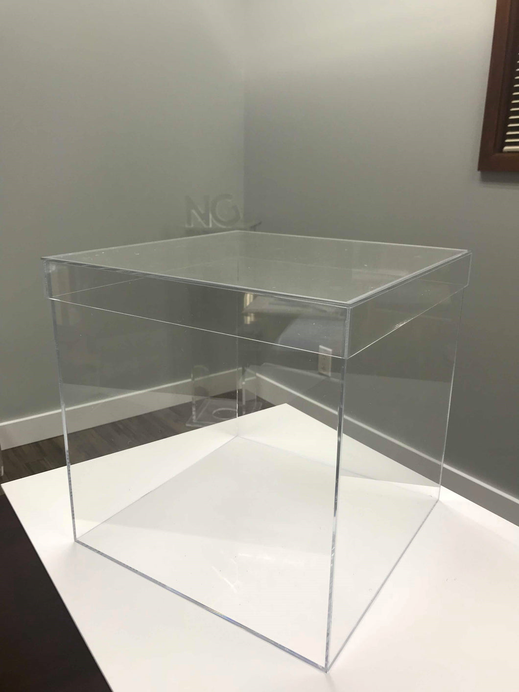 Acrylic Boxes with Lids