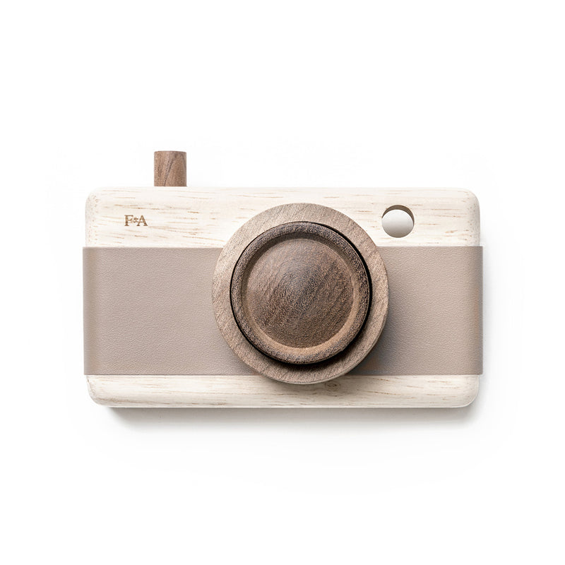 Fanny & Alexander | Wooden Camera - Cat's Paw Pink
