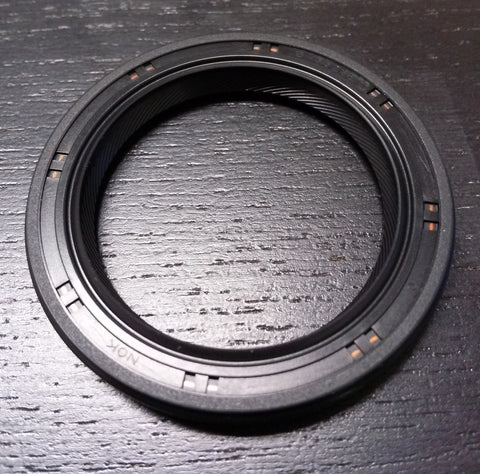 EVO T-Case Driveshaft Output Oil Seal